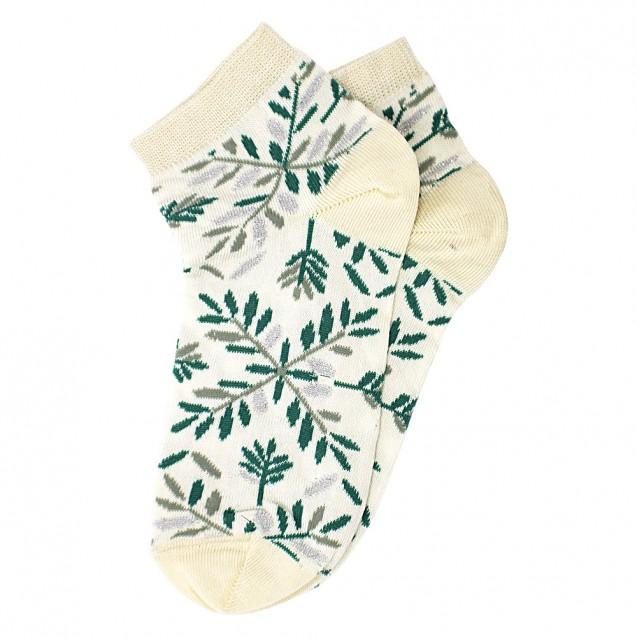Женские носки бежевого цвета с зелеными веточками и люрексом