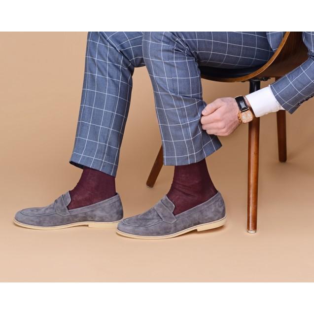 Мужские носки однотонные бордового цвета
