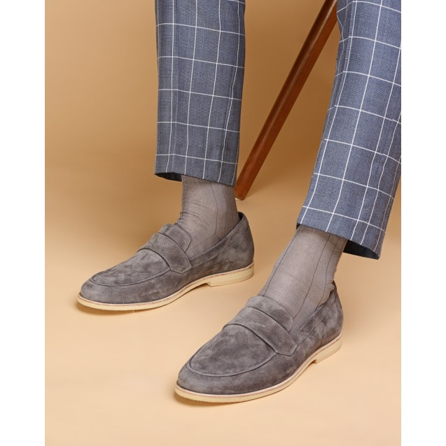 Мужские носки однотонные серого цвета