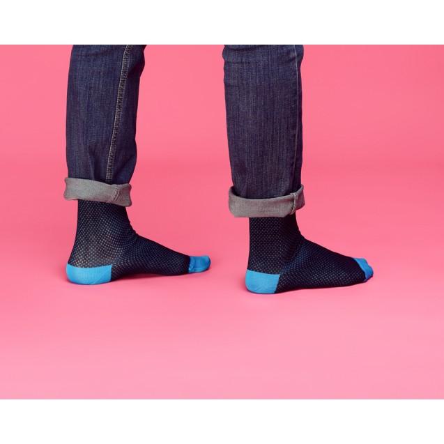 Мужские носки в горох с бирюзовым носком и пяткой