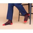 Мужские носки в горох с красным носком и пяткой